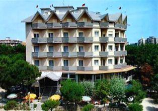 Hotel 3* AMIGOS GOLF  Milano Marittima  Italia