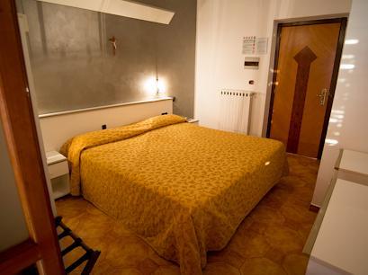Hotel 4* La Canonica Napoli Italia