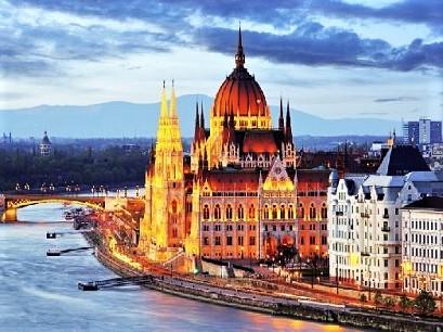 Budapesta - Viena - Bratislava (autocar)